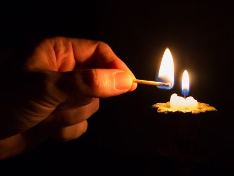 101 Classic Short Stories: Candles